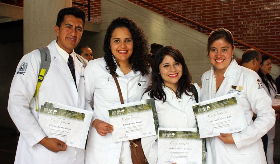 Egresa la generación 2013 – 2016 de Cirujano Dentista