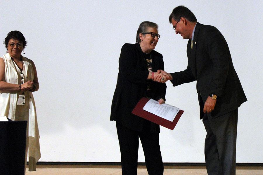 La Carrera de Psicología de la FES Iztacala recibe reacreditación hasta el 2021