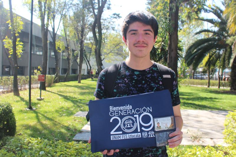 Bienvenida a estudiantes del SUAyED en la FESI